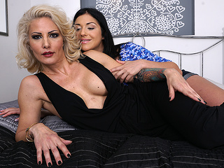 Hot Milf Getting Licked By A Naughty Lesbian Teeny Babe - MatureNL big ass big tits cunnilingus video