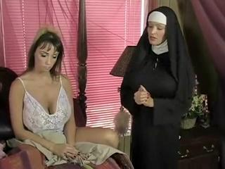 TanDanSumCum Vs Housewife (ggbbox) lesbian wife  video